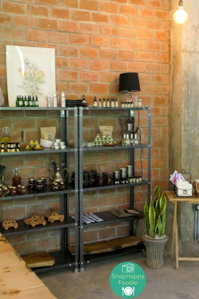Burrow Cafe at Antipolo Beehouse